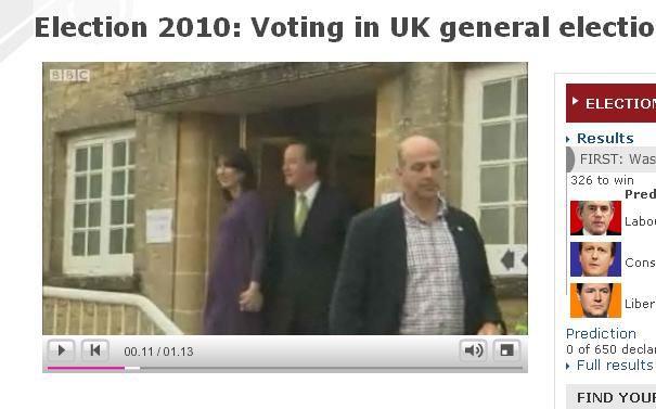Fredrik Reinfeldt in screenshot of David Cameron