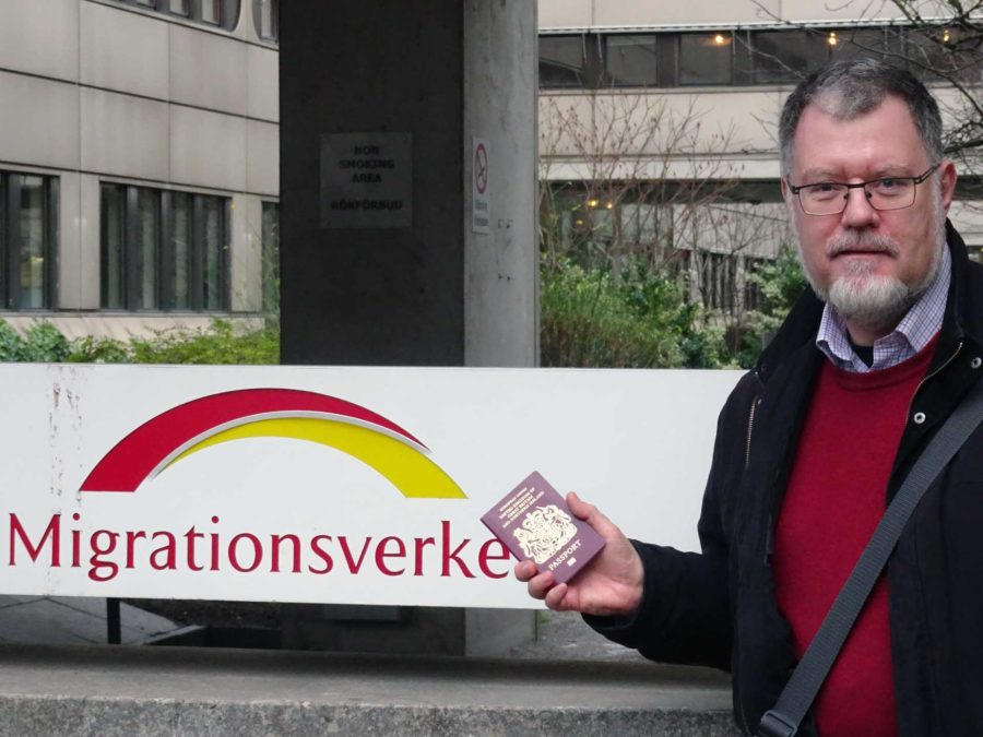 With proof of identity at Migrationsverket