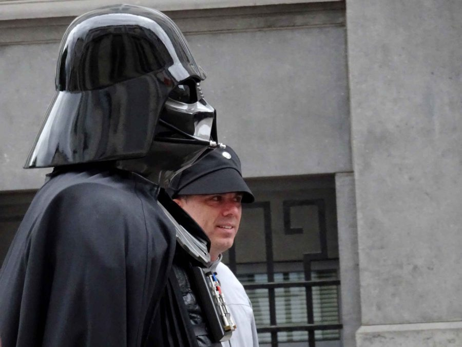 Comic strip: Cosplay Darth Vader