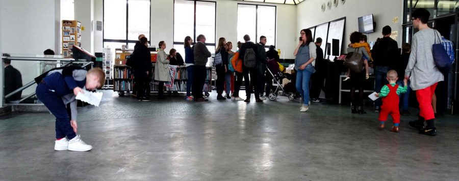 Incidents: Sunday queue at Wiels art gallery
