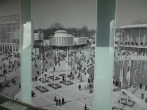 Time travel: 1958 World Fair