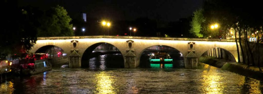 Paris: Pont Marie from Pont Louise-Phillipe at night