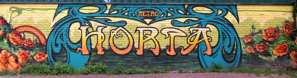 Horta metro station graffiti