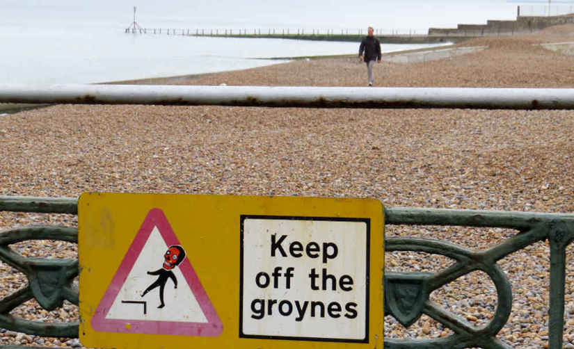Keep off the groynes