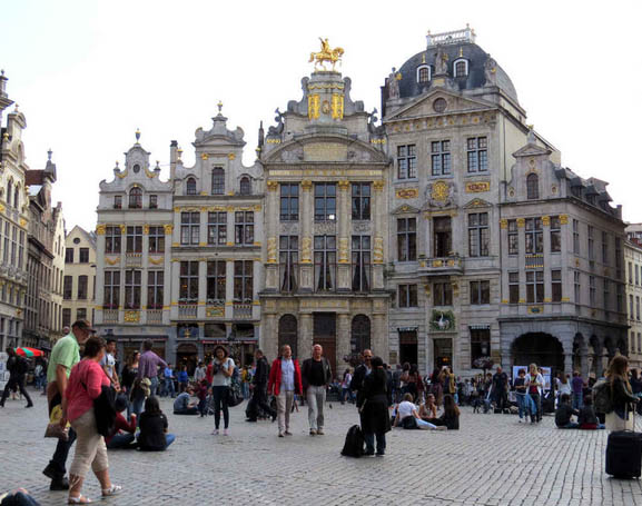 Tourist Information - Grand Place