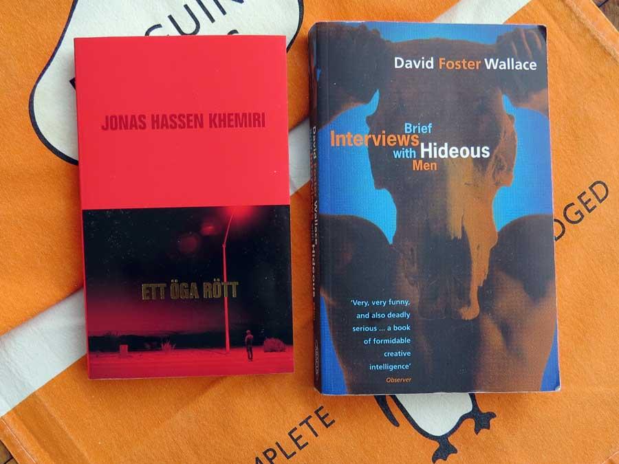 Corona reading: Ett öga rött and Brief Interviews with Hideous Men