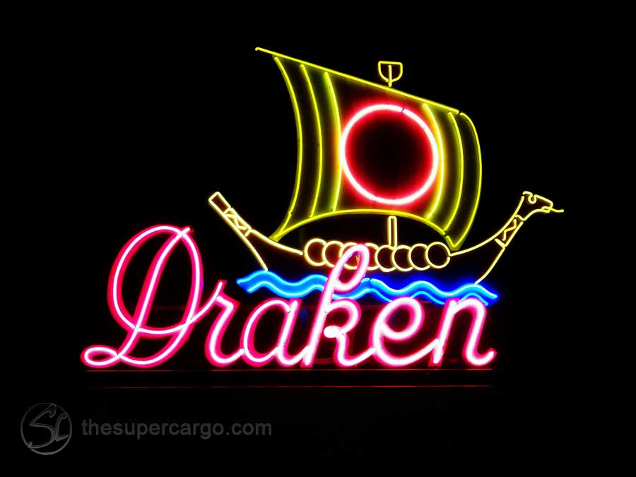 The neon sign over the entrance to the Draken, the Film Festival's home cinema at Järntorget, Gothenburg. (2018)