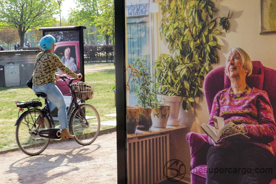 Photo exhibition and cyclist, April 2019